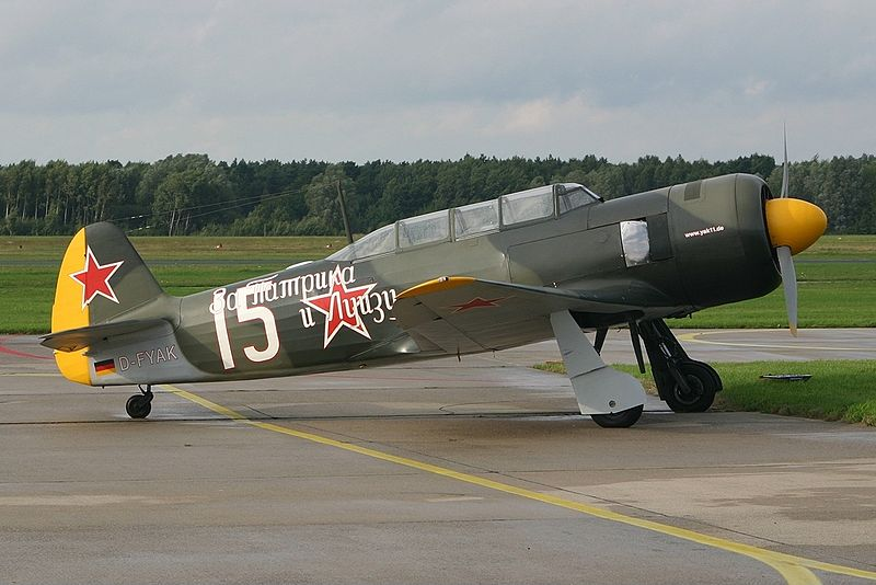 File:Yakovlev Yak-11 Private D-FYAK, HAJ Hannover (Langenhagen), Germany PP1157372298.jpg