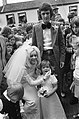 Zangeres Corry Konings (voorheen van de Rekels) getrouwd met Piet Roelen in Chaa, Bestanddeelnr 926-5738.jpg