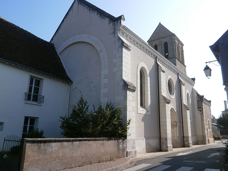 File:Église Reignac nef.jpg