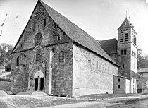 Église Saint-Theudère de Saint-Chef Mieusement.jpg