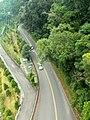 纜車上看日月潭環湖公路/SunMoon Lake Ring Rd. seen from Cable - panoramio (1).jpg