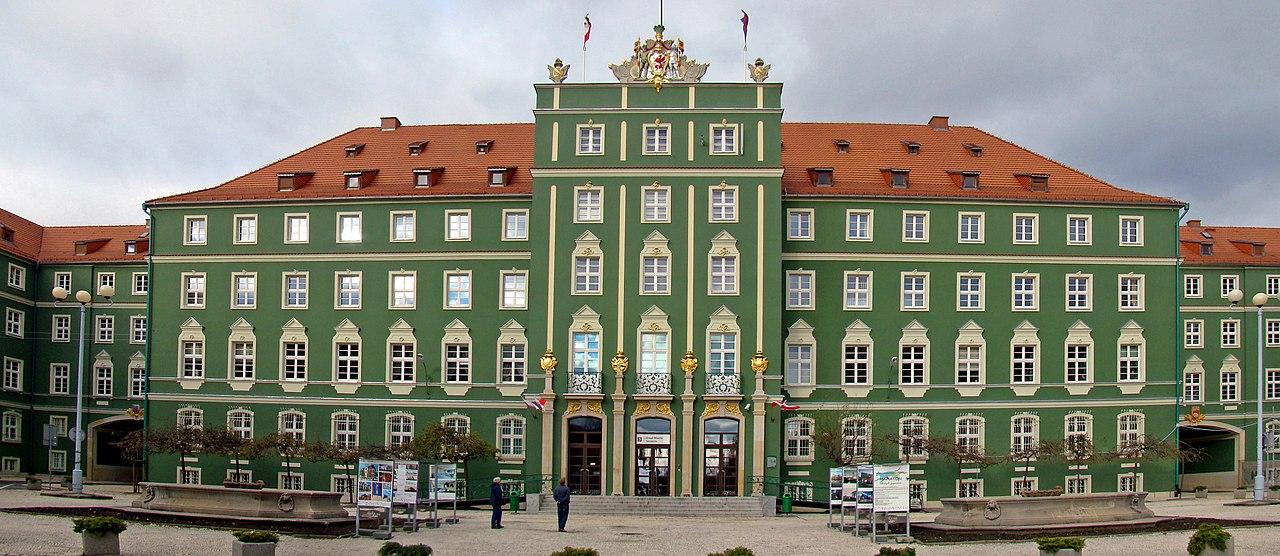 Rathaus in Stettin, Polen; ehemaliges Neues Landeshaus (Sitz des Oberpräsidiums der preußischen Provinz Pommern); erbaut 1924-1927 nach Entwurf des Berliner Architekten Georg Steinmetz
