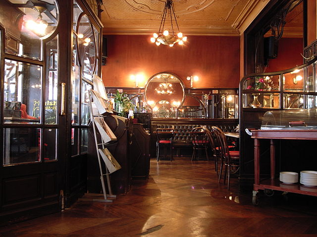 Inside the Falstaff (Photo by Steve Cadman)