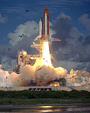 STS-57 - Liftoff of STS-57