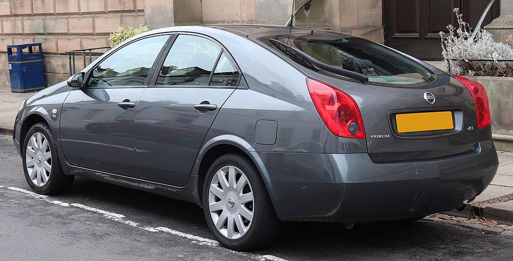Nissan Primera (P12) хэтчбэк