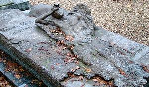 Gaito Gazdanov - Gazdanov's grave.