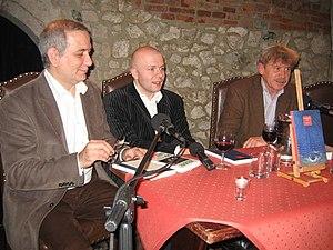 """Bogdan Tosza, Tomasz Cyz i Tomasz Fiałkowski (""""Tygodnik Powszechny""""), Kraków, 26 października 2007 r."""
