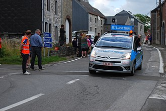 Het Laatste Nieuws - Car with Het Laatste Nieuws advertising