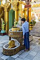 2016 Rangun, Pagoda Szwedagon (120).jpg