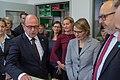 2018-11-09 Besuch Minister bei Gebr Alexander Musikinstrumentenfabrik 1032.jpg