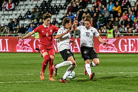 20180405 FIFA Women's World Cup Qualification AUT-SRB Damjanovic Feiersinger Burger 850 6784.jpg