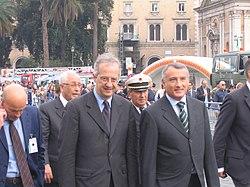 Walter Veltroni, al centro, con Piero Marrazzo