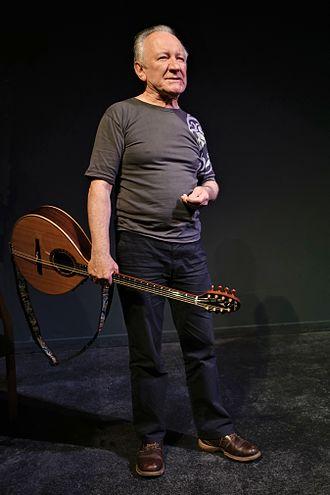 Dónal Lunny - Dónal Lunny at the Craiceann Bodhrán Festival 2016, Inis Oirr