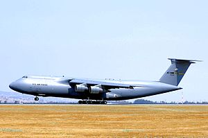 349th Air Mobility Wing - 349th/60th AMW C-5B Galaxy, AF Ser. No. 87-0040