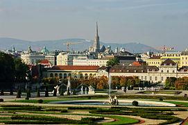 A-Wien-Belvedere-Blick-Wien.JPG