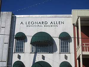 A. Leonard Allen - The Municipal Building in Winnfield is named for Allen.