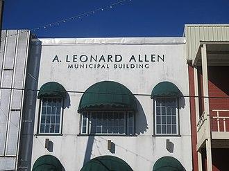 A. Leonard Allen - The Municipal Building in Winnfield is named for Allen.