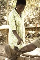 ASC Leiden - Coutinho Collection - E 36 - Infirmary in Candjambary, Guinea-Bissau - Cleaning the wound - 1974.tif