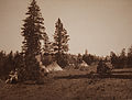 A Camp of the Yakama by Edward S Curtis MOPA2007 001 039.jpg