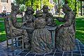 Aardappeleters-standbeeld-Nuenen.jpg