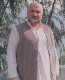 Afghan Pashtun mujahideen commander