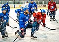 Adler-training-1002565 (43722936125).jpg