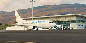 Air Tanzania B737 at Hahaya Airport.jpg