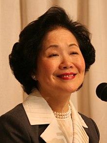 """La ex """"dama de hierro"""" de Hong Kong se suma a la campaña de los opositores"""