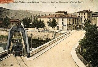 file arret du tramway au pont de pierre saint vallier sur rh ne dr me france carte postale. Black Bedroom Furniture Sets. Home Design Ideas