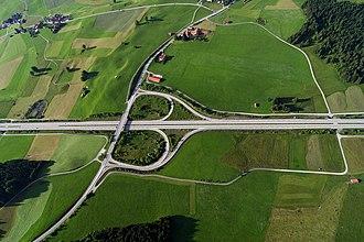 Partial cloverleaf interchange - Image: Autobahn anschluss 1