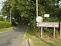 Auzouville-Auberbosc (Seine-Mar.) entrée.jpg