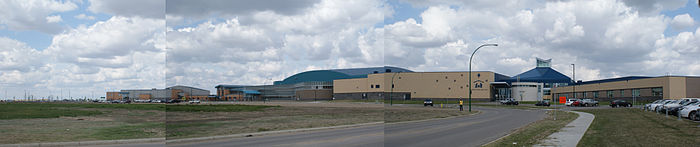 Tommy Douglas Collegiate – Shaw Centre – Bethlehem High School panorama