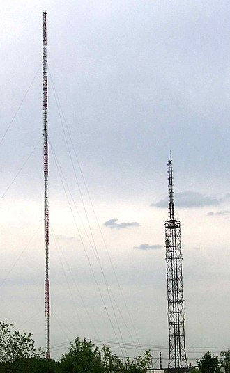 Moscow Radio Centre 13 - Moscow Radio Centre 13, 300 metres mast left and 176 metres tower on the right