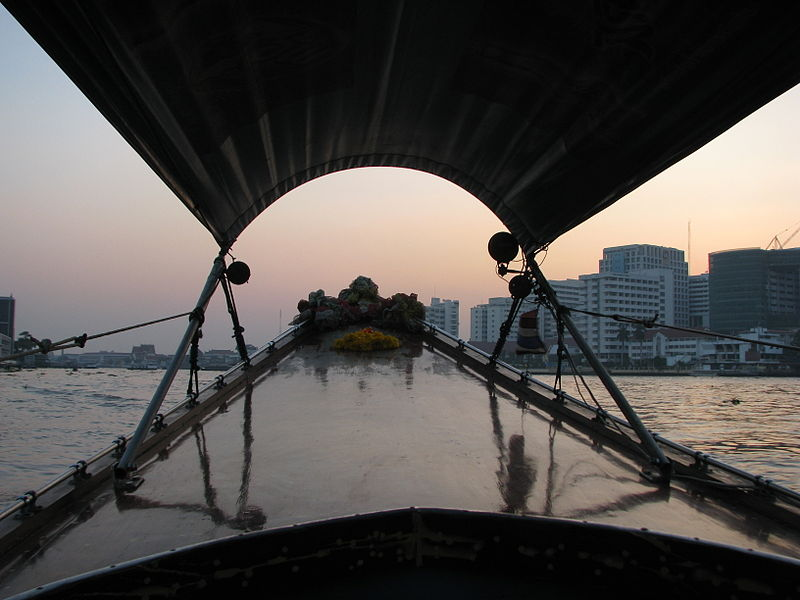File:Bangkok 08 - 19 - taking a sunset boat tour (3166227121).jpg