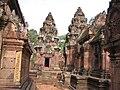 Banteay Srei - Vasters 0386 (6597711475).jpg