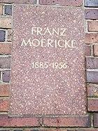 Berlin Friedrichsfelde Zentralfriedhof, Gedenkstätte der Sozialisten (Urnenwand) - Moericke