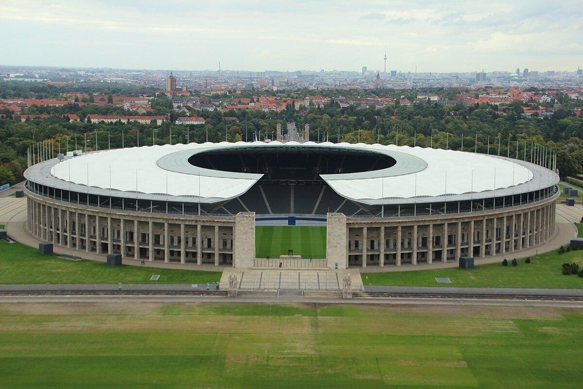 Bildergebnis für fotos vom olympiastadion in berlin