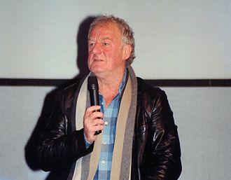 Hill at a Lord of the Rings convention in Bonn, Germany, October 2004 Bernard Hill.jpg