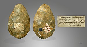Abbeville - Hand axe of Menchecourt-les-Abbeville, shown at the 1867 International Exposition) - Muséum de Toulouse