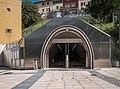 Bilbao - Acceso estación Uribarri 01.jpg