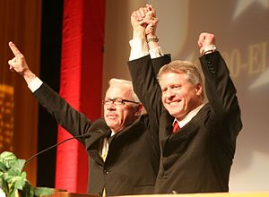 2008 Libertarian National Convention - Nominees   Barr and Root