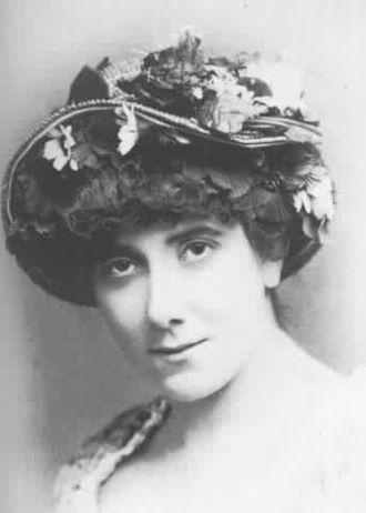Leonora Braham - Braham as Patience