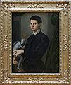 Bronzino - Portrait d'homme tenant une statuette 01.jpg