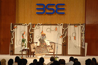 Jaggi Vasudev - Jaggi Vasudev conducting the Inner Engineering Program at the Bombay Stock Exchange, Mumbai.
