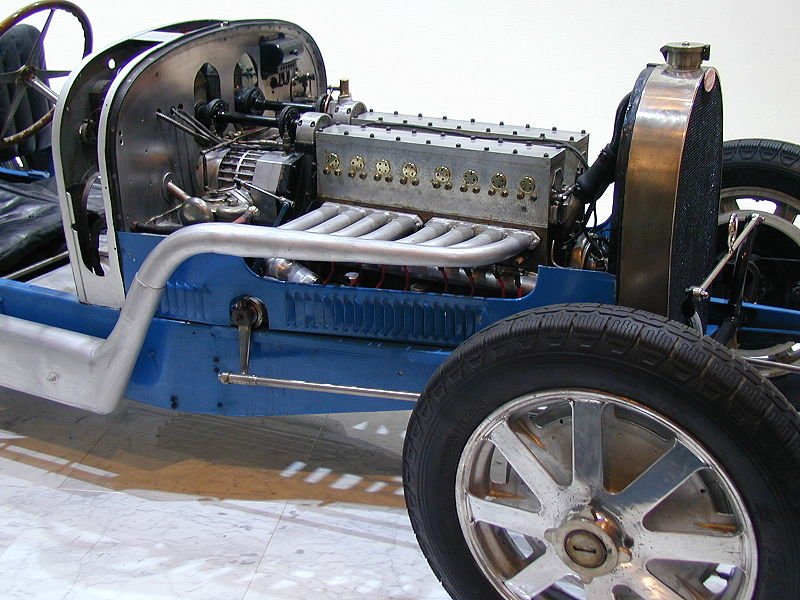 http://upload.wikimedia.org/wikipedia/commons/thumb/5/56/Bugatti_old_engine.JPG/800px-Bugatti_old_engine.JPG