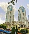 Buildings in Mumbai, May 2012.jpg