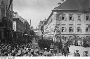 Bundesarchiv Bild 102-08388, Klagenfurth, Einzug des Bundesheeres