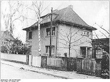 Bundesarchiv Bild 183-50674-0001, Magdeburg, Wohnhaus Ulmenweg 8.jpg