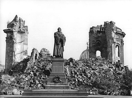 Frauenkirche ruins with a figure of Martin Luther that survived the bombings Bundesarchiv Bild 183-60015-0002, Dresden, Denkmal Martin Luther, Frauenkirche, Ruine.jpg