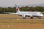 C-GHPU Air Canada Boeing 787-8 Dreamliner coming in from Montreal (YUL) @ Frankfurt Rhein-Main International (FRA) 08.05.2018 (41262476574).jpg